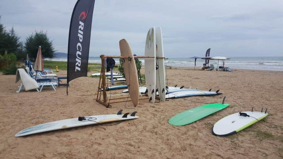 SURF101: What Actually is Performance Surfboard? 1