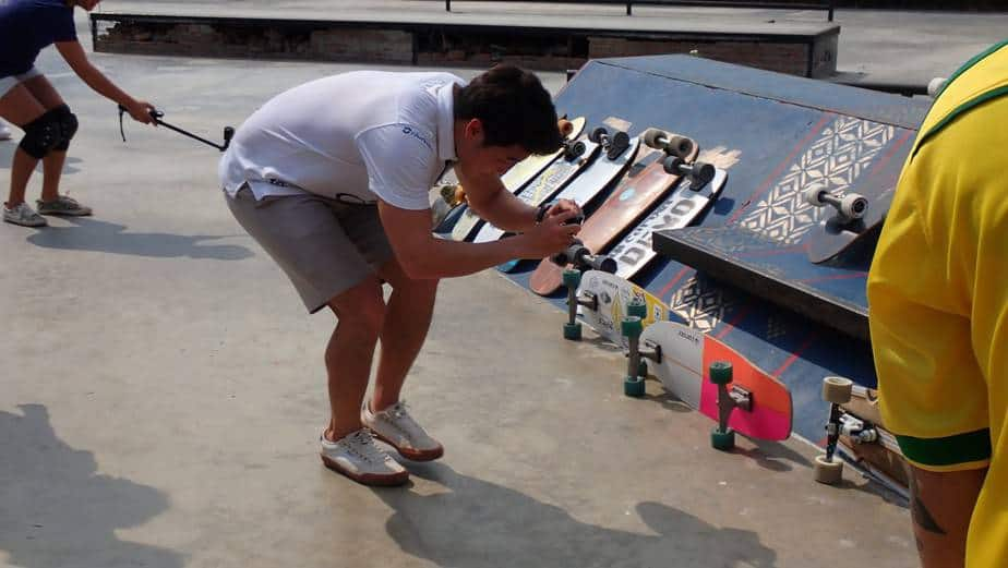 Last Long Your Board with This How to Surfskate Maintenance 1