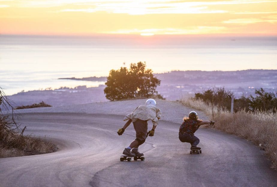 Know Your Riding Style Through Different Kinds of Longboards 1