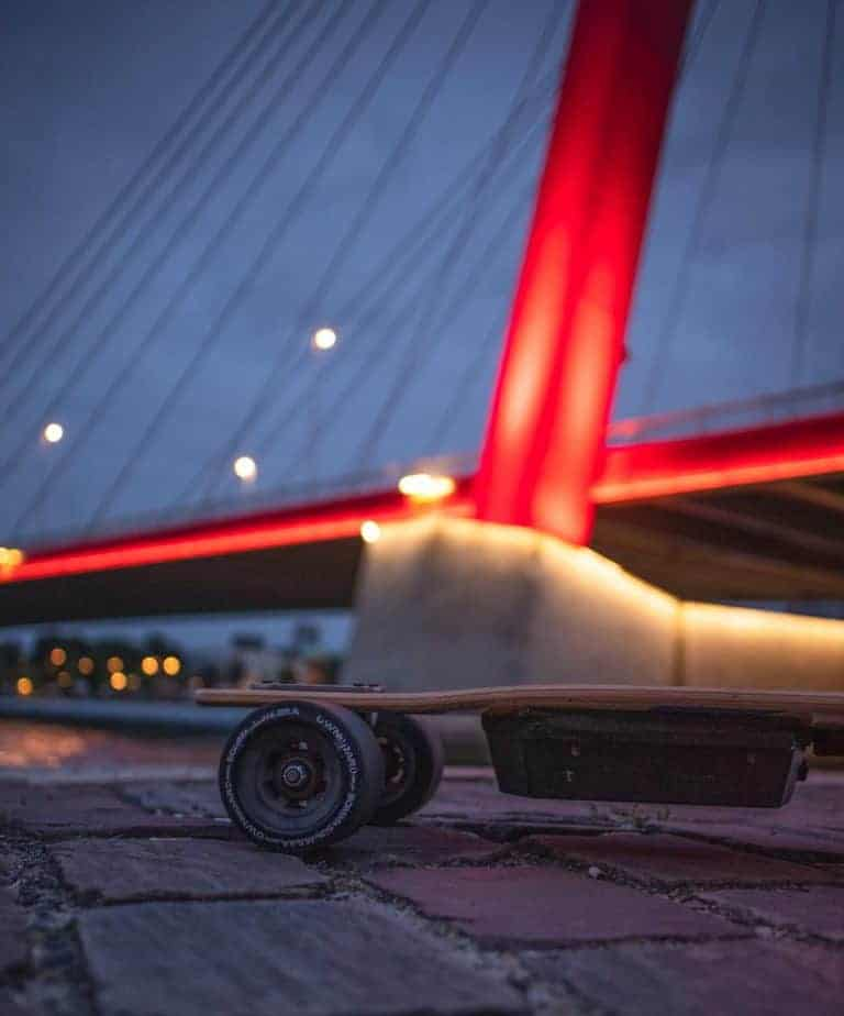 Best Bearings for Longboard [NEW 2020 to Match Your Style] 1