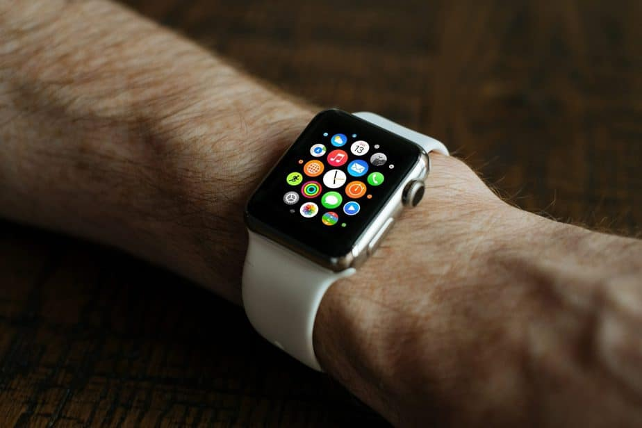 Can I Wear Apple Watch While Surfing? Let's See the Discuss 1